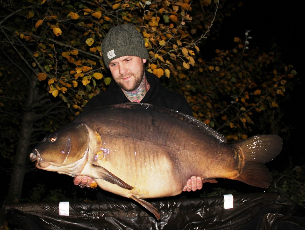 15  Peg 19 Jak Wright with a 48.08 Mirror.JPG