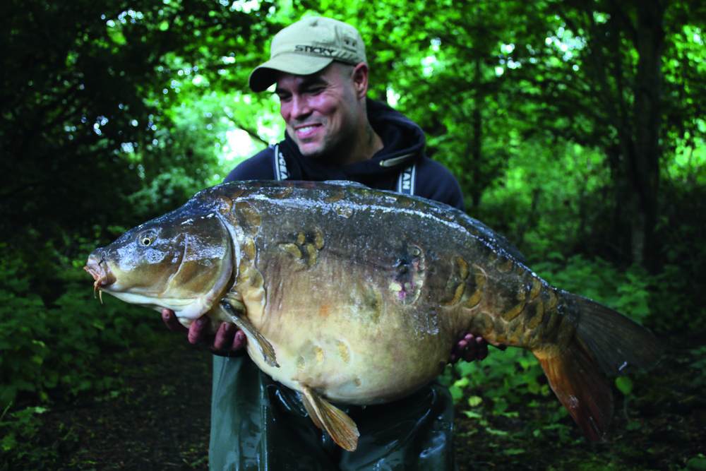 Another one of the lake's big mirrors, Gracies at 46lb.