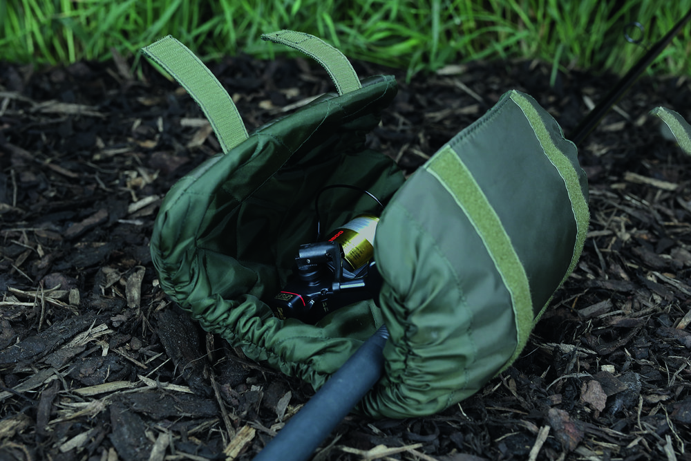 THINKING ANGLERS - Image 4 - Reel Pouch.jpg