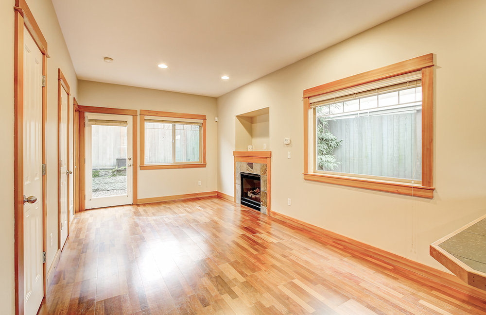 6051 Fauntleroy Way SW-14.jpg