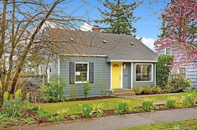 3723 SW SULLIVAN ST 3 Bedroom/2 Bathroom Listed: $640,000 Sold: $692,500