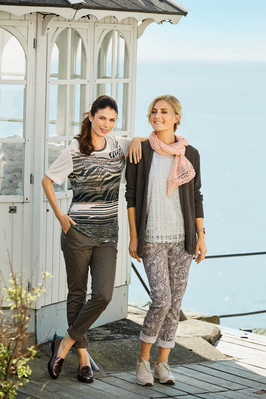 scarf 200536_ cardigan 201262_ blouse 200825_ trousers 200091_ T-shirt 200888_ trousers 200161.jpg
