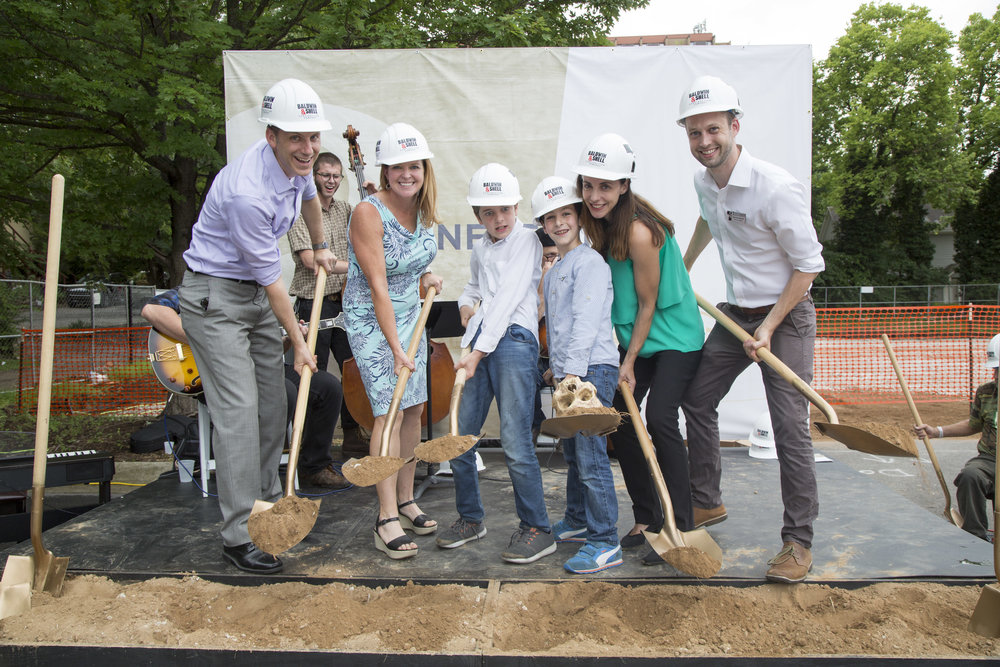 Theatre2_Groundbreaking_165.jpg