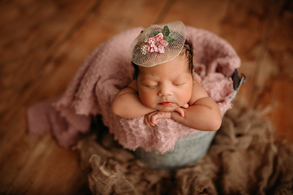 Newborn posing workshop new jersey 2018 charlie violet photography newborn photography