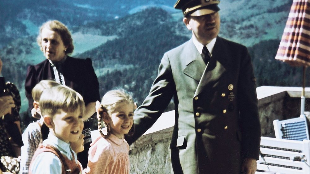 Hilde Speer with Hitler in the Obersalzberg mountain retreat, 1942.