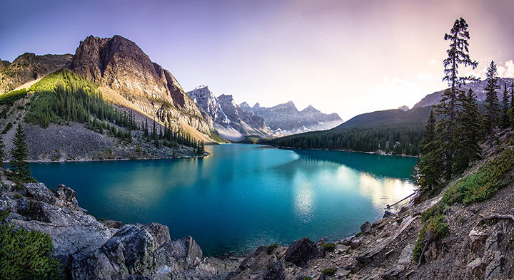 Banff_MoraineLake_Sunset.jpg