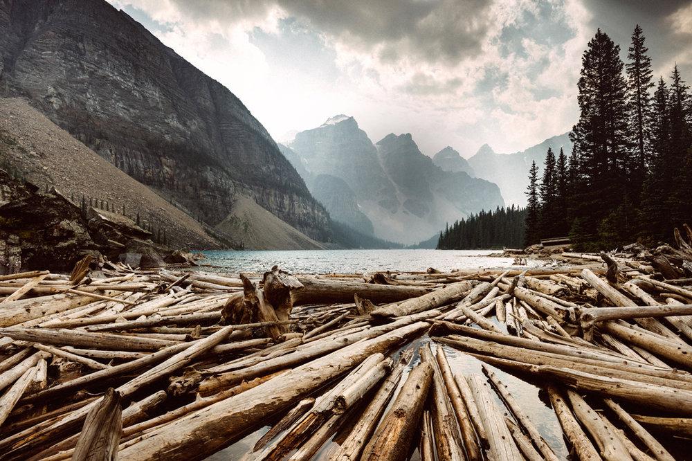 Banff_MoraineLake.jpg
