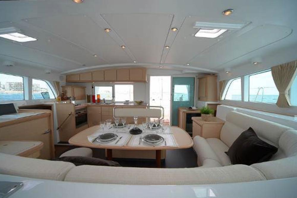 © Te Mana Travels — Catamaran dining area