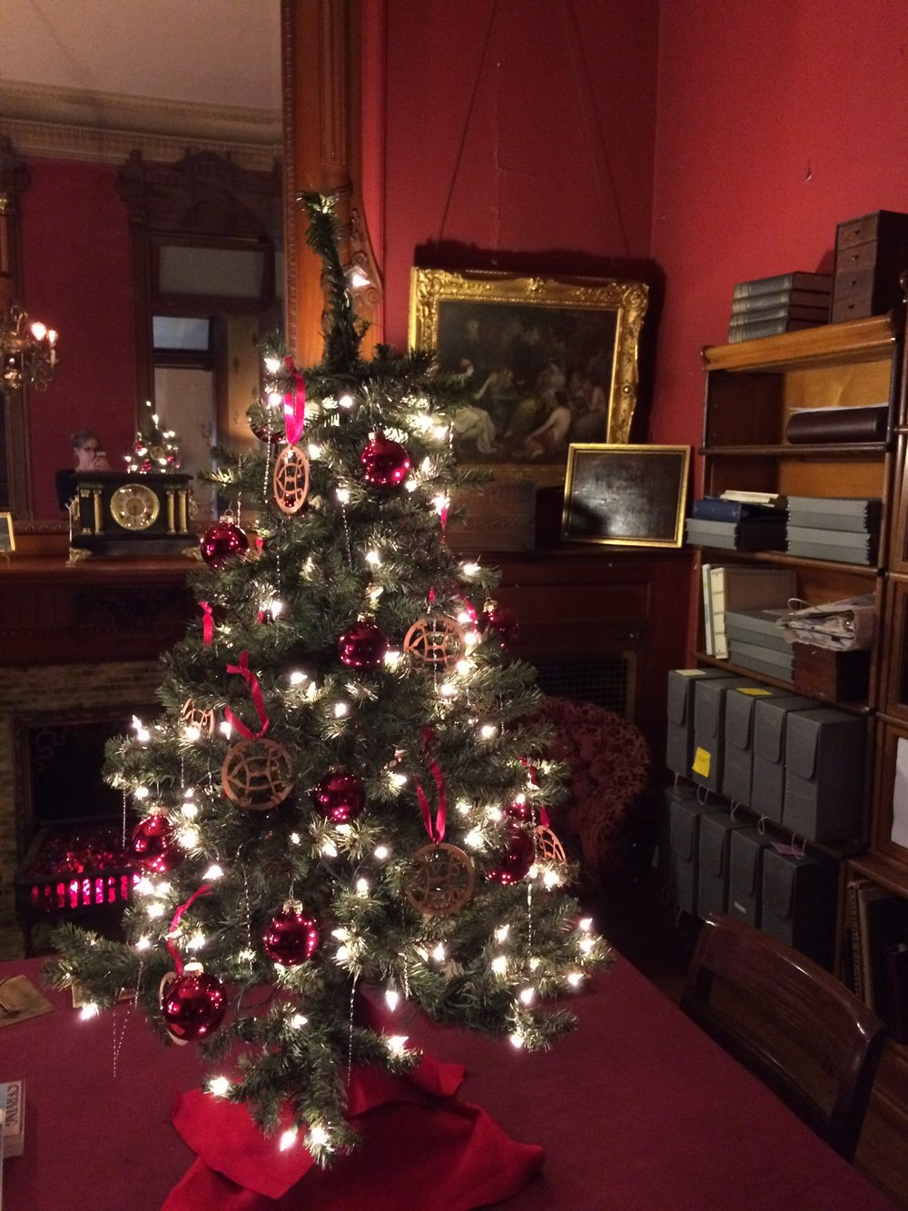 Christmas2015_ArchivesOffice.jpg