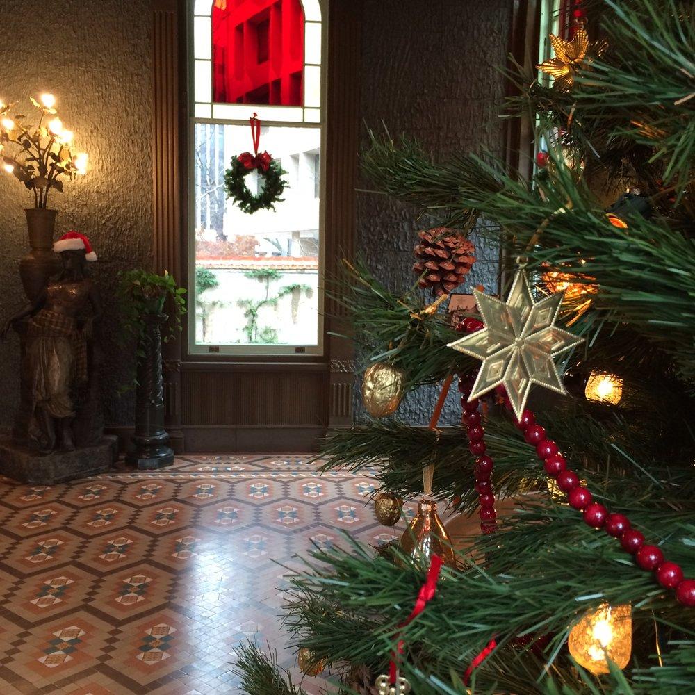 Christmas2015_ConservatoryTree.jpg