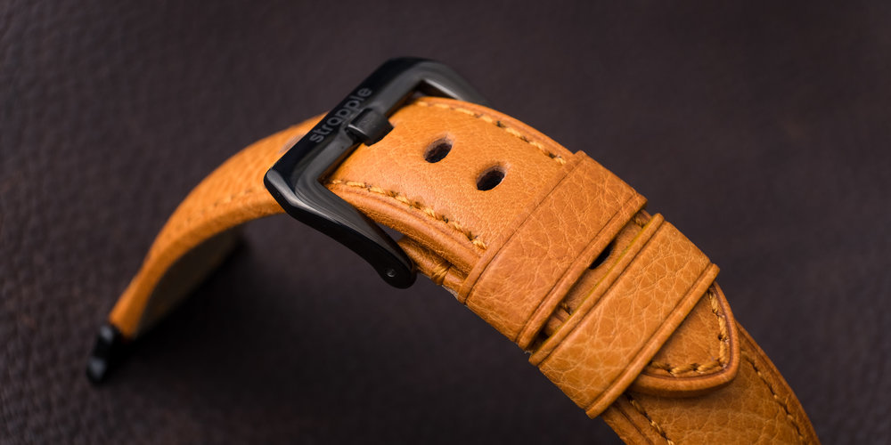 Polished black buckle on Ingenium: Honey Strapple band for Apple Watch
