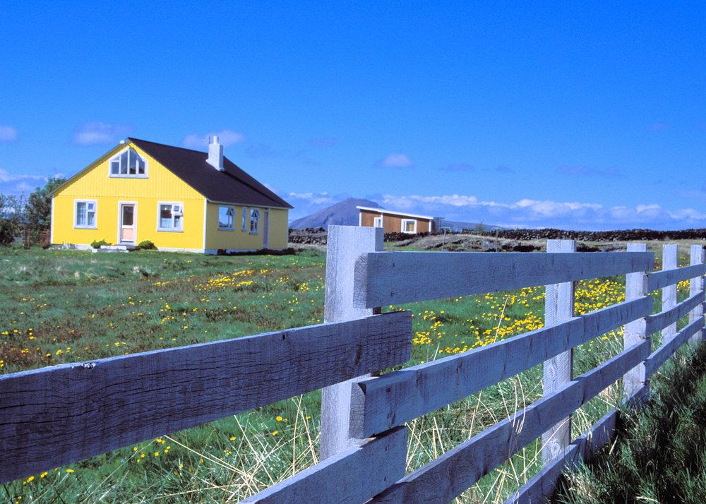 Fence&House1a.jpg
