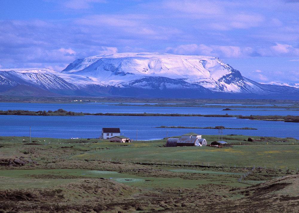 LakeMyvatin1a.jpg