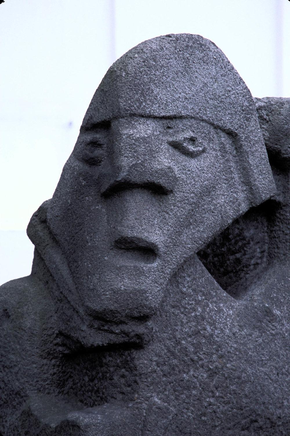 VikingStatue1a.jpg