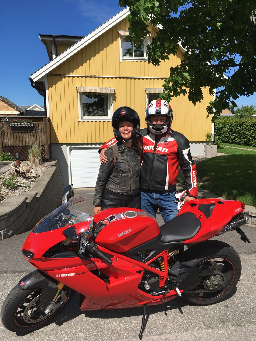 Torbjörn and his Ducati outside his home in Trollhä tten.