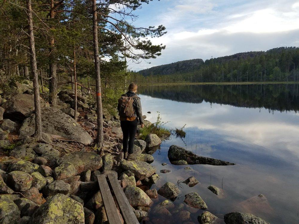 Hike_Lake.jpg