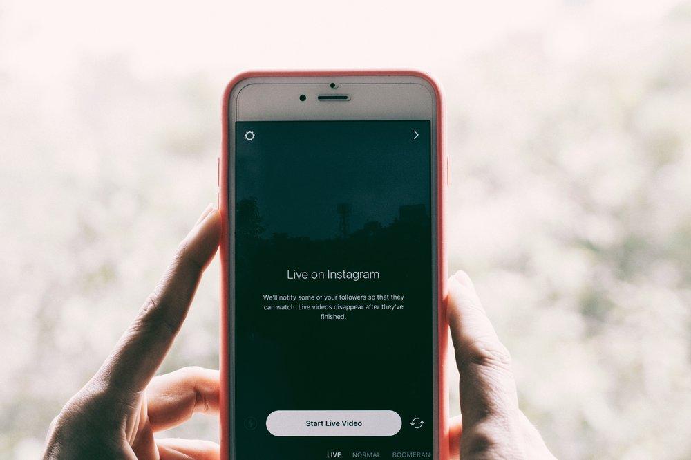 Using Instagram in Los Angeles