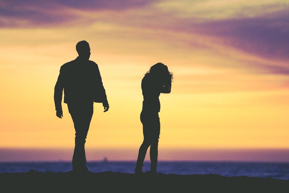 Couple arguing on Venice Beach