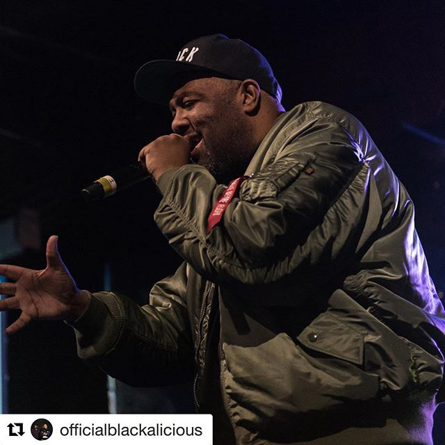 Kicking off this @officialblackalicious tour tonight in Minneapolis! Come join us!  #tour #blackalicious #minneapolis  #Repost @officialblackalicious ・・・ Catch us tonight at @firstavenue 7th Street Entry, Minneapolis, MN! Let's get this show on the road!