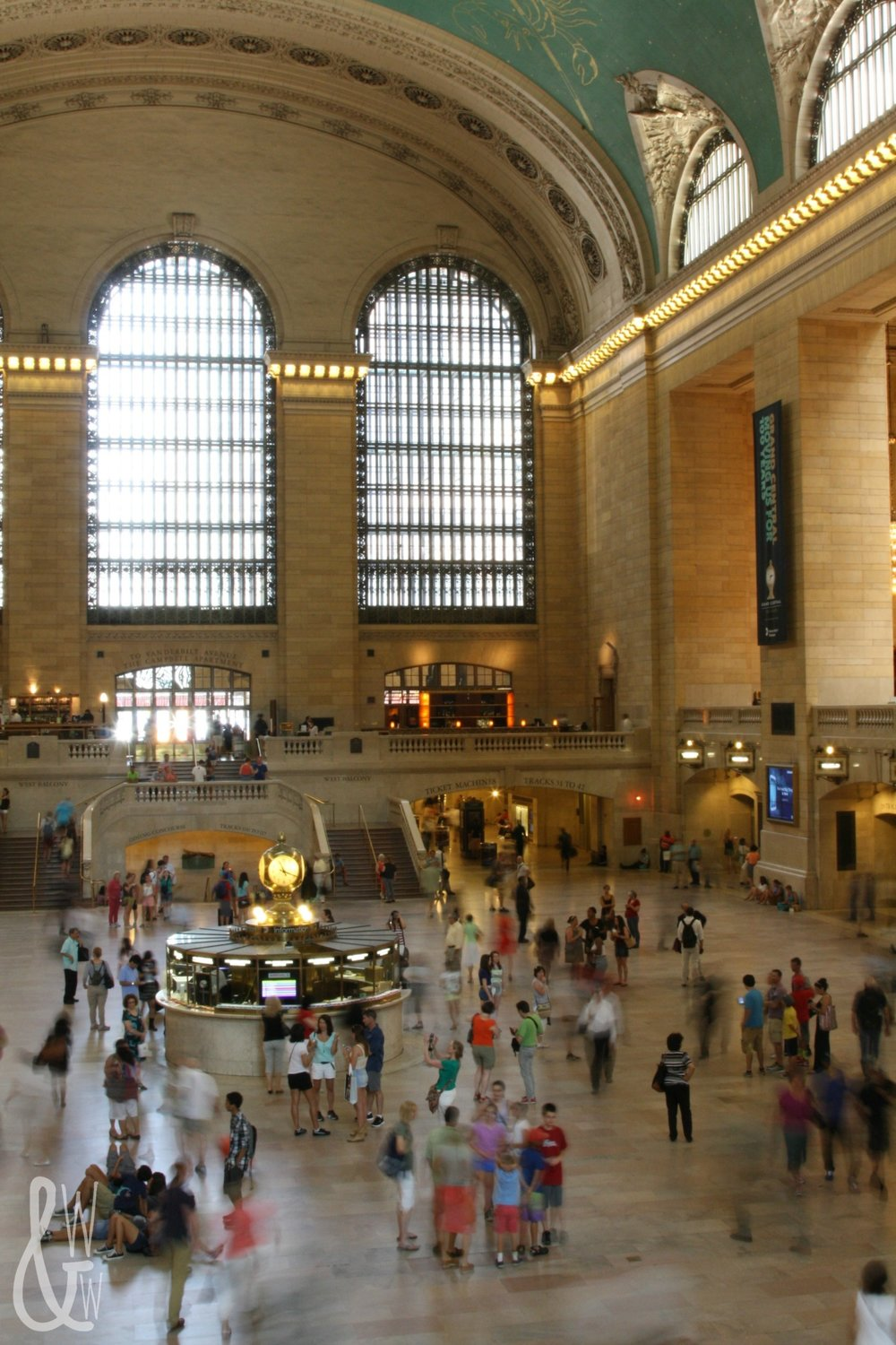 New York City has some of the best sights and museums in the world, like the Grand Central Station!
