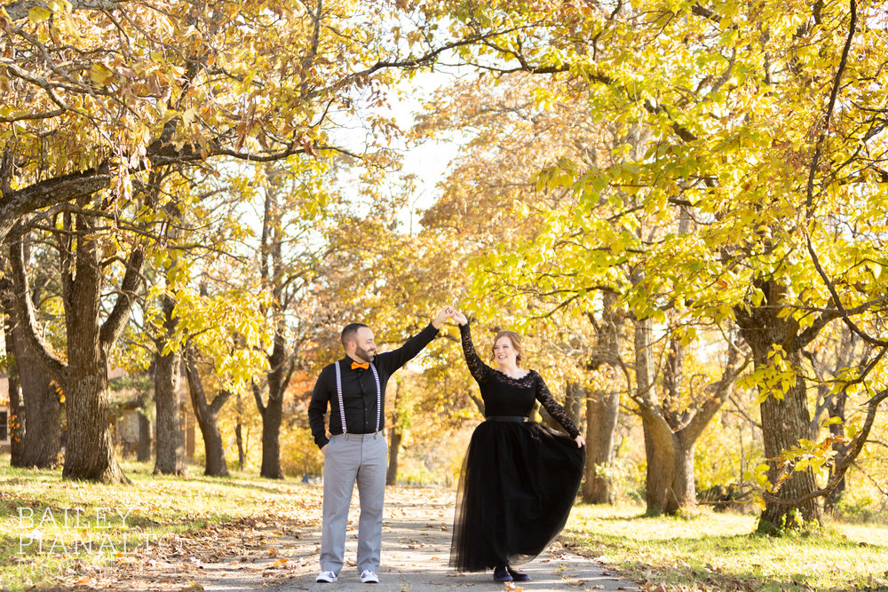 Fall-tastic Halloween-themed Wedding | Shawnee, KS
