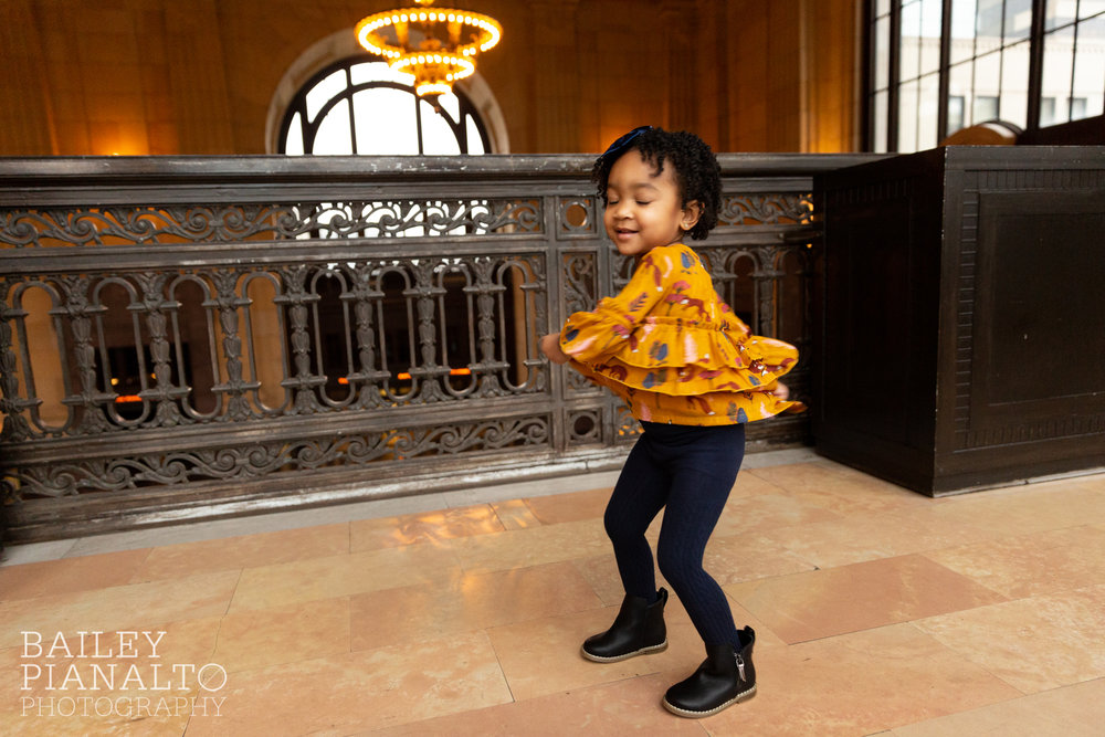 Burgundy & Gold Fall Photos | Union Station | Kansas City, MO