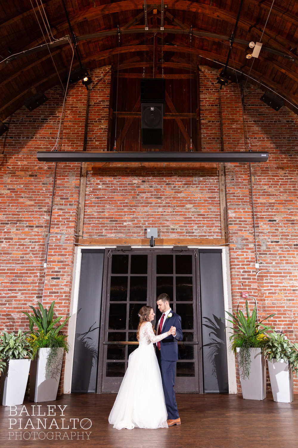 Burgundy & Navy Thompson Barn Wedding | Lenexa, Kansas
