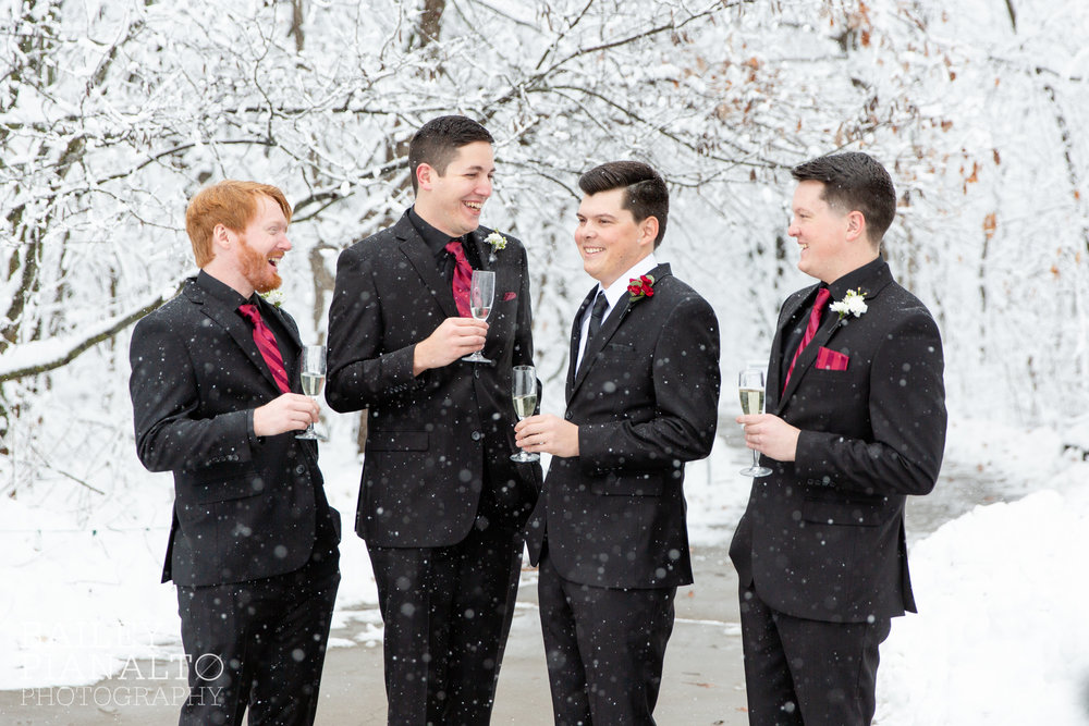 Winter Wonderland Snowstorm Wedding | Kansas City, MO
