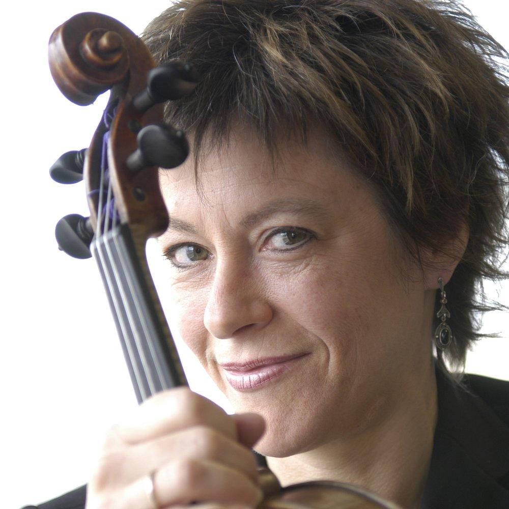 Nathalie Camus, Violon