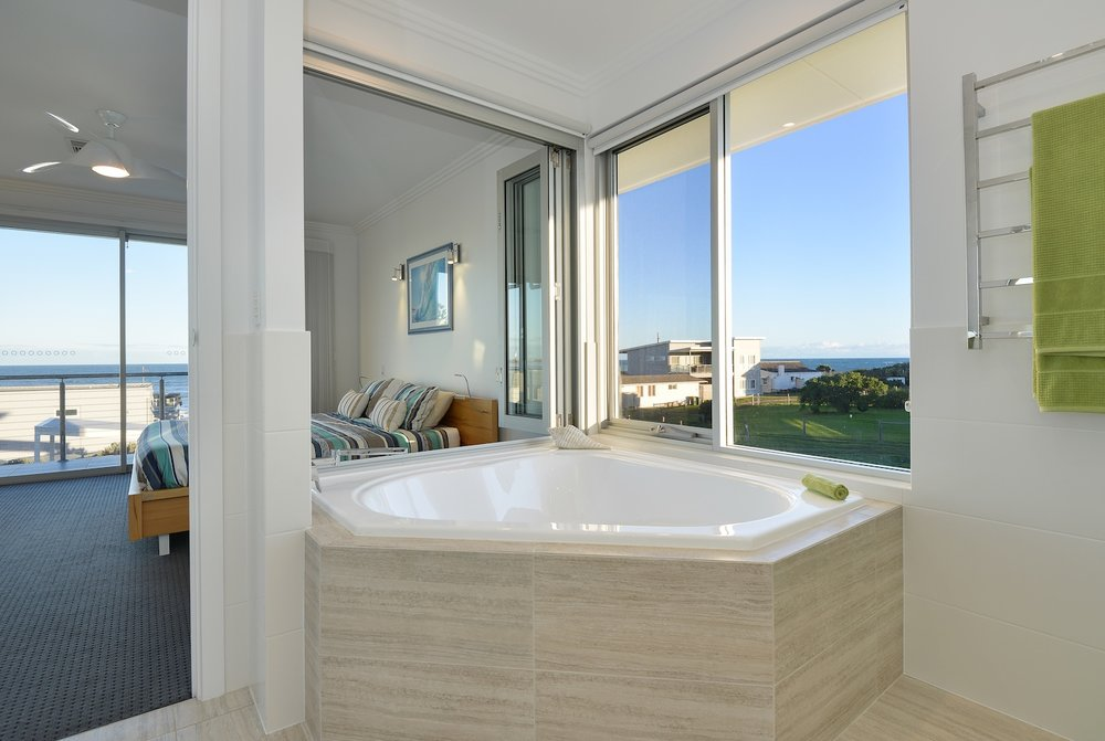interiors-bathrooms-15.jpg