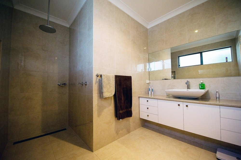 interiors-bathrooms-28.jpg