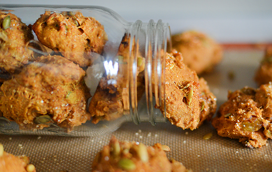 Spelt Pumpkin Spice Cookies - Global Dish - Stephanie Arsenault