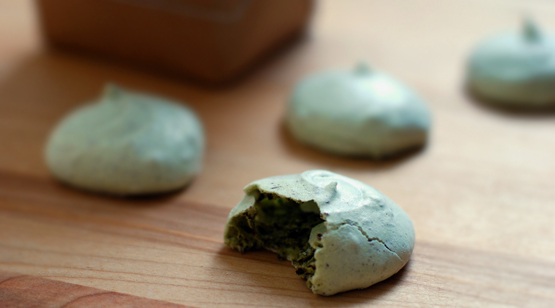Matcha Dark Chocolate Meringue Cookies - Global Dish - Stephanie Arsenault