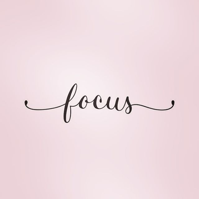 Monday Motivation! Keep your focus and manifest good things for the week ahead! Happy Monday, loves! ❤️ . . . . . . . #mondaymotivation #mondaymood #mondays #focus #manifestation #yoga #balance #1111 #corporatefashion #corporateblogger #entrepreneurs #entrepreneurlife #bosslady #bossbabe