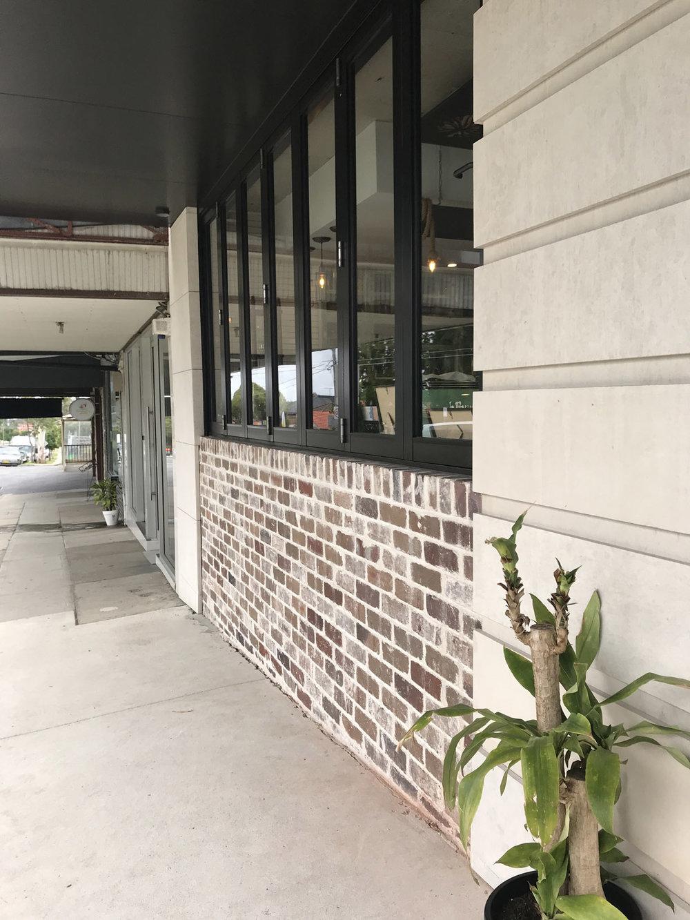 Cnr 58 Cafe Building Mortlake, 10 35 30 am.jpg