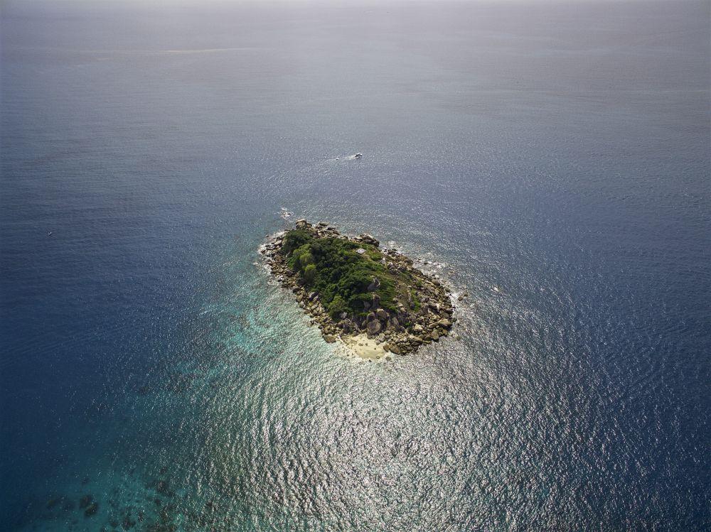 fitzroy island little small.jpg