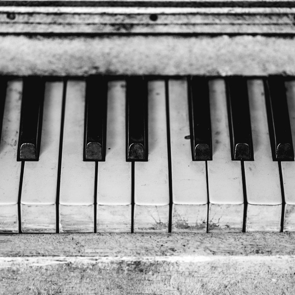 piano_crop.jpg