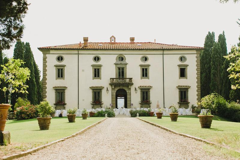 wedding-in-Tuscany-Villa-di-Bivigliano-by-Cinzia-Bruschini-371.jpg