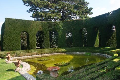 349-349-giardini-di-villa-gamberaia-giardino 2.jpg