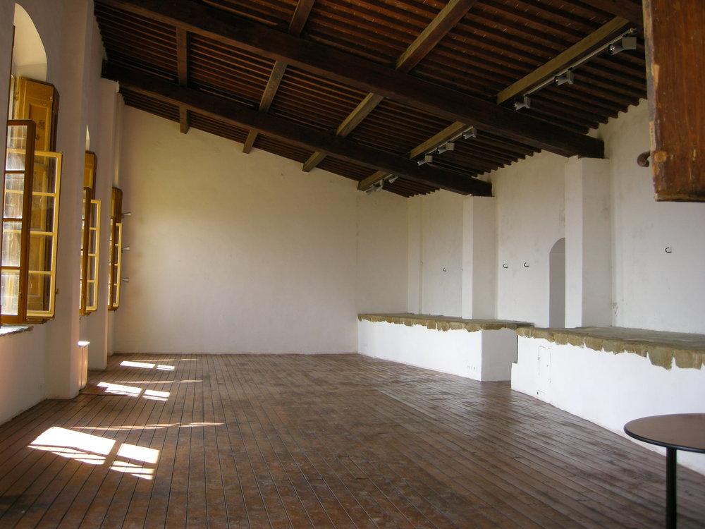 Villa_gamberaia,_limonaia_13.JPG