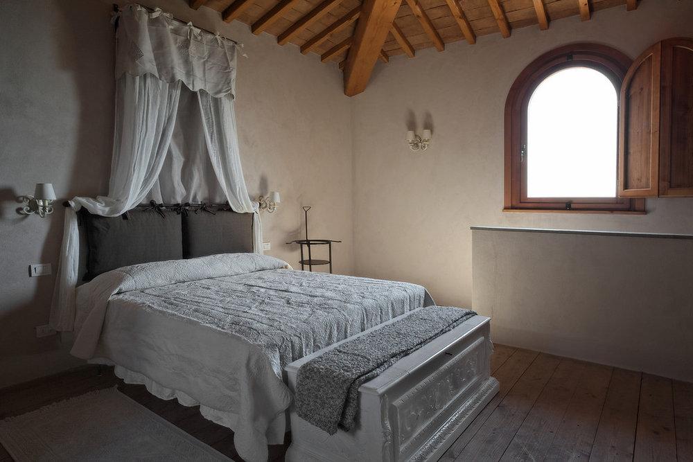 honeymoon-suite-in-Florence.jpg