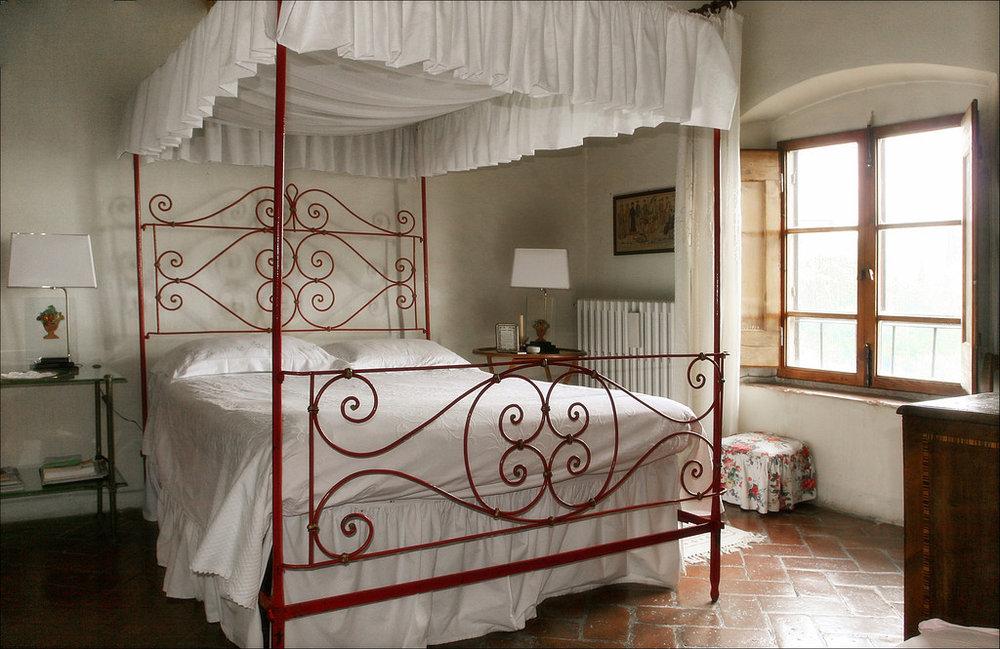 wedding-suite-in-tuscany.jpg