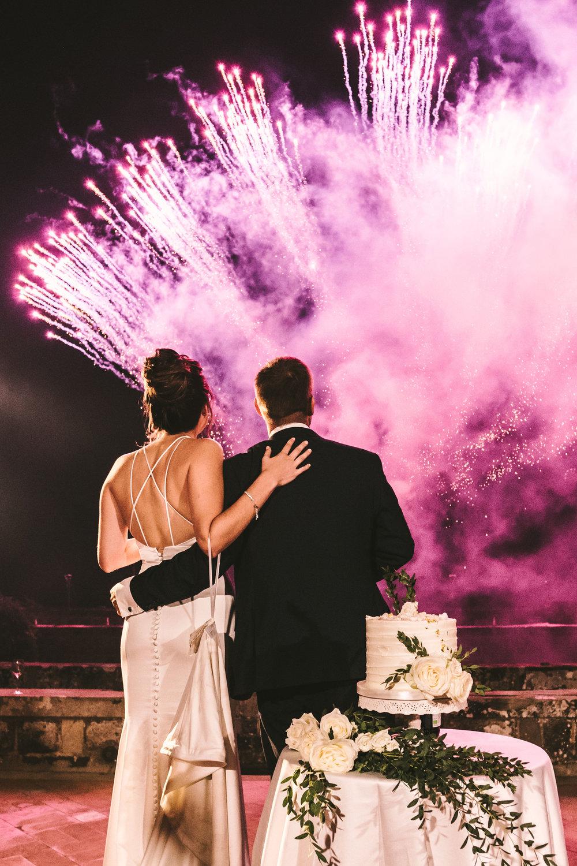 fireworks-at-destination-wedding-in-tuscany.jpg