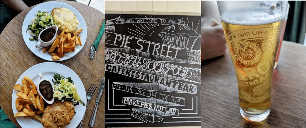 gluten-free-pies-chips-and-gravy-at-the-pie-street-restaurant-devon.png