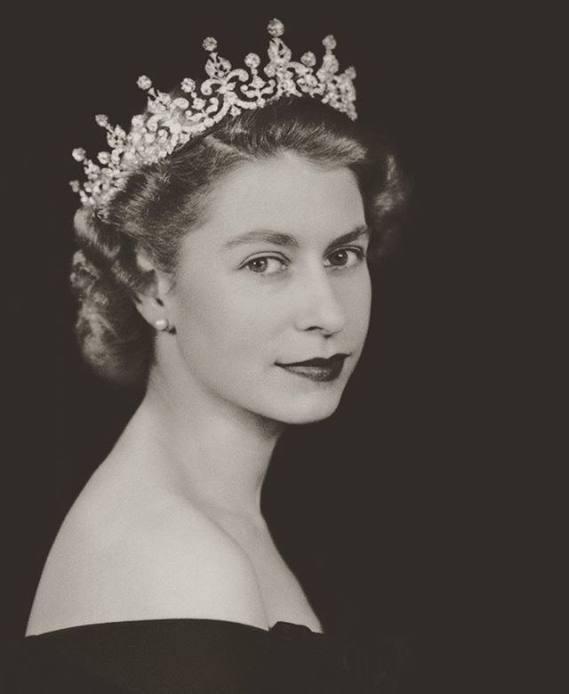 #ThrowBackThursday to when The Queen was a young lass! Happy 90th Birthday to HM Elizabeth II #tbt #royalty #queen #birthday