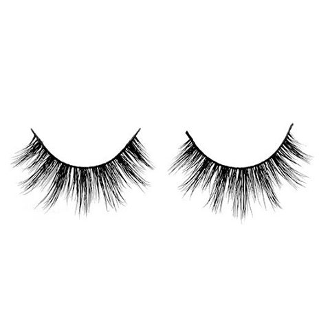Want your mink lashes to last longer? Being gentle with them whilst applying and cleaning them is KEY! #TopTipTuesday #MinkLashes #Lashes #beautyblogger