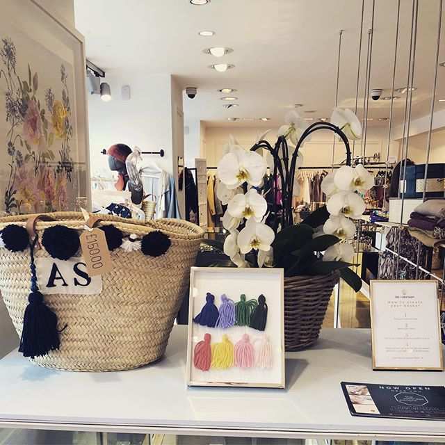Last week at the @bcollectshop Notting Hill - come and see us! #popup #nottinghill #beachbasket #personalised . . . . .