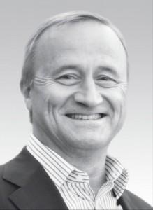 Za. Peter Neumann   Seit 1991 CEREC Anwender. ISCD zertifizierter CEREC Trainer seit 2000. Vorstandsmitglied der DGCZ. Seit mehr als 20 Jahren CEREC Aus- und Fortbildungskurse sowie Vorträgeund Veröffentlichungen im In- und Ausland. CEREC Erprober. Seit 1989 niedergelassen in eigener Praxis in Berlin und Seeburg.