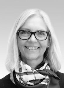 Dr. Gertrud Fabel M.Sc.   Niedergelassen in Gemeinschaftspraxis in München-Bogenhausen CEREC Anwender seit 1994, seit 2008 Schwerpunkt Digitalisierung Praxis und Labor. DGCZ-Mitglied, sowie Vortrags- und Referententätigkeit, MSc Clinical Dental CAD/CAM 2012- 2015, CERECMentor, Zertifizierter CEREC-Ortho Trainer.