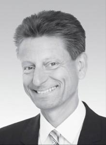 Dr. Otmar Rauscher   Niedergelassen in eigener Praxis in München. CEREC Anwender seit 1995. ISCD zertifizierter CEREC Trainer seit 2003. CEREC und InLab Erproberzahnarzt und Berater für Sirona. Vorträge und Veröffentlichungen zum Thema CEREC, InLab und Implantatabutments. Eigenes gewerbliches zahntechnisches Labor.